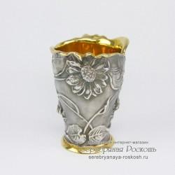 Рюмка из серебра Цветы