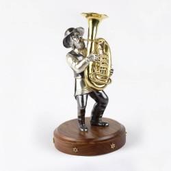 Серебряная статуэтка Музыкант с трубой