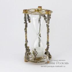 Песочные часы из серебра Девушки
