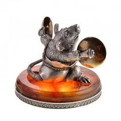 Серебряная статуэтка Крыса с тарелками