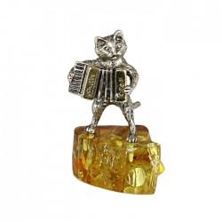 Статуэтка Кот с аккордеоном на янтаре