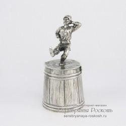 Серебряная штрафная рюмка Мужик танцует