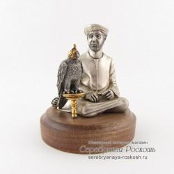 Статуэтка арабский сокольник