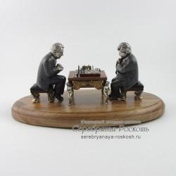 Серебряная статуэтка Шахматисты
