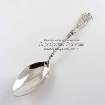 Десертная ложка из серебра Театральная