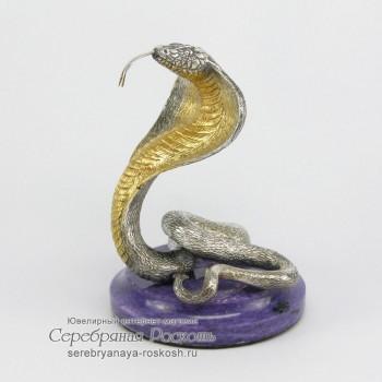 Серебряная статуэтка Змея