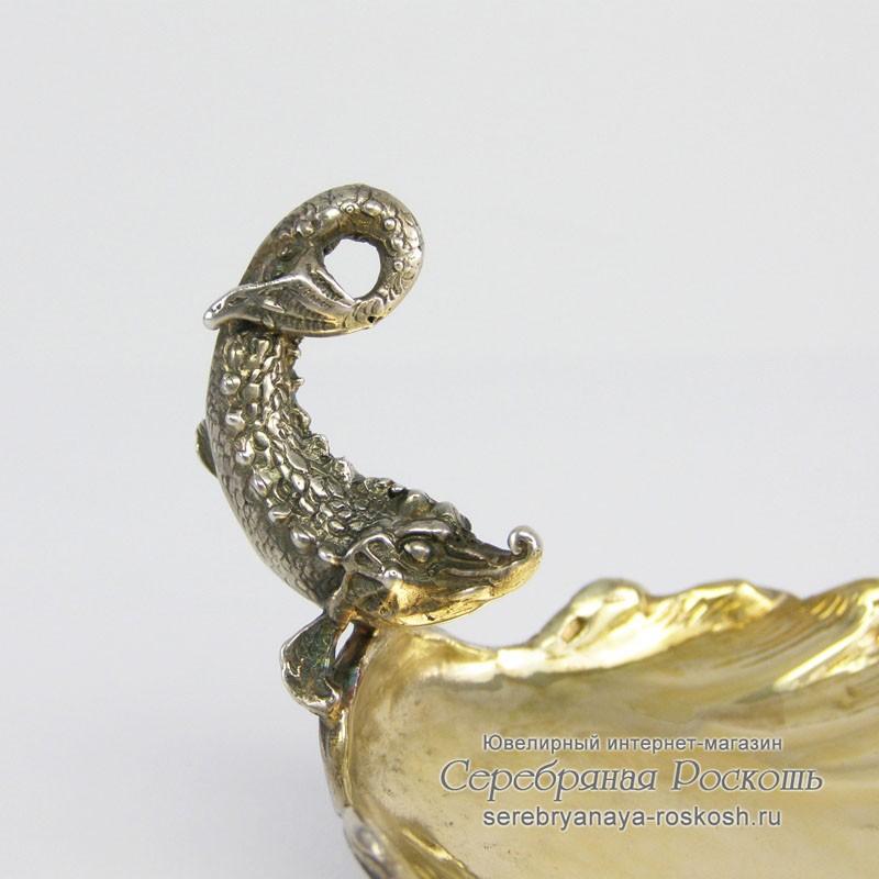 Икорница из серебра Осетр на ракушке