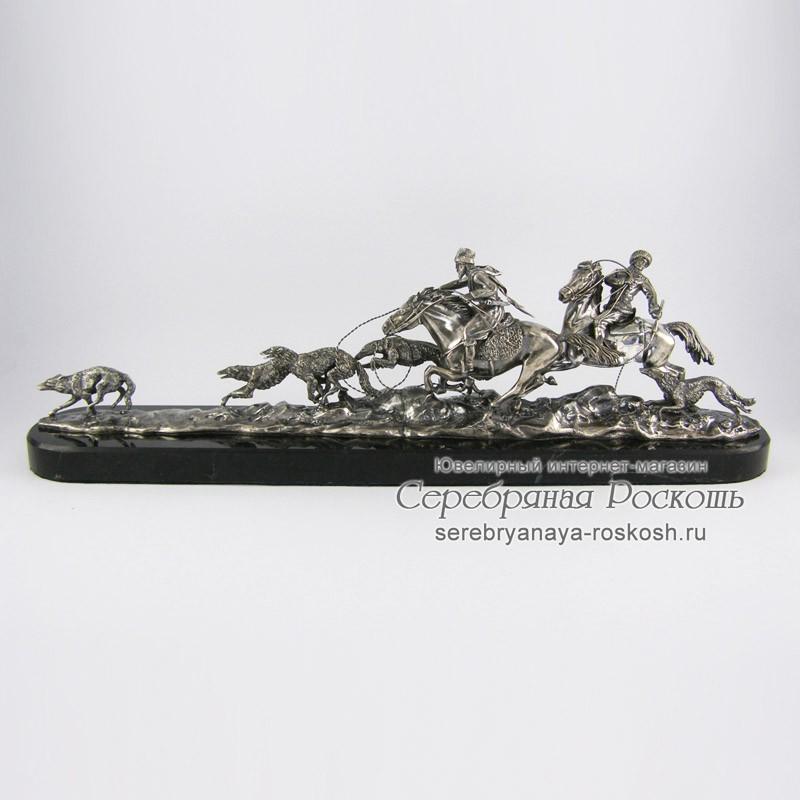 Псовая охота - композиция из серебра