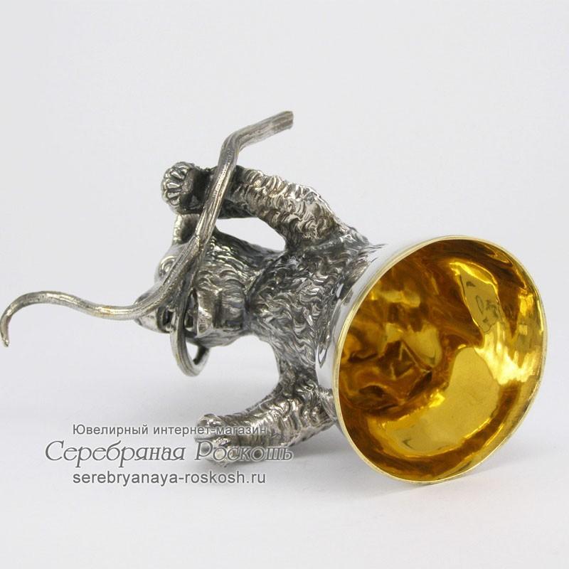 Серебряная рюмка Медведь