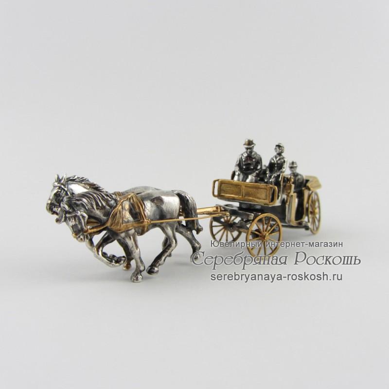 Серебряная статуэтка Ландо (открытый экипаж)