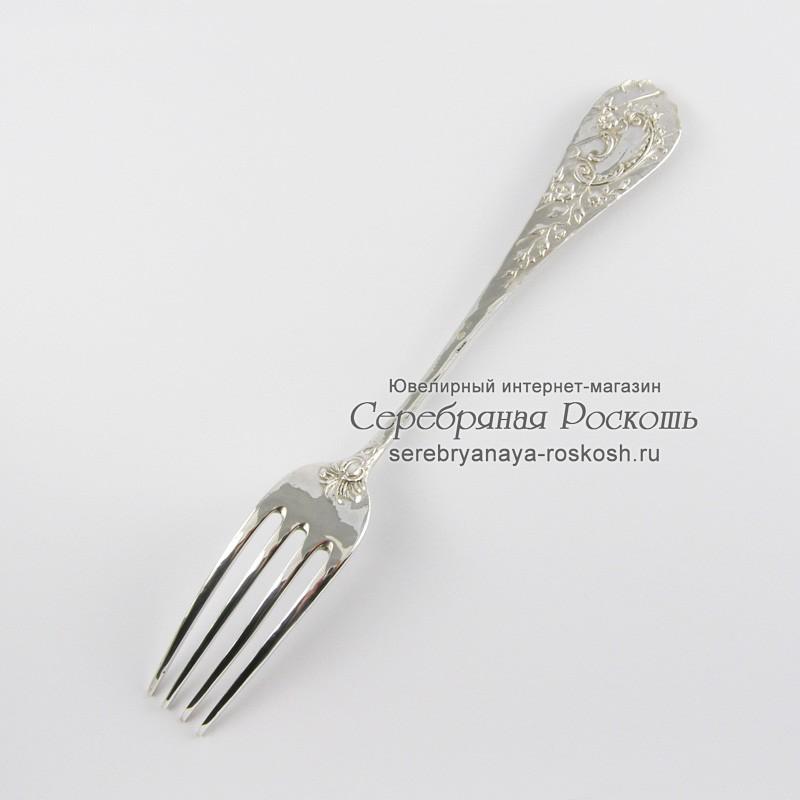 Серебряная столовая вилка Маки