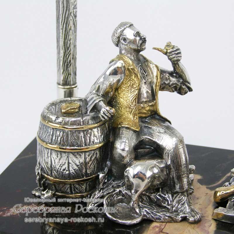 Серебряная визитница Казак с женой