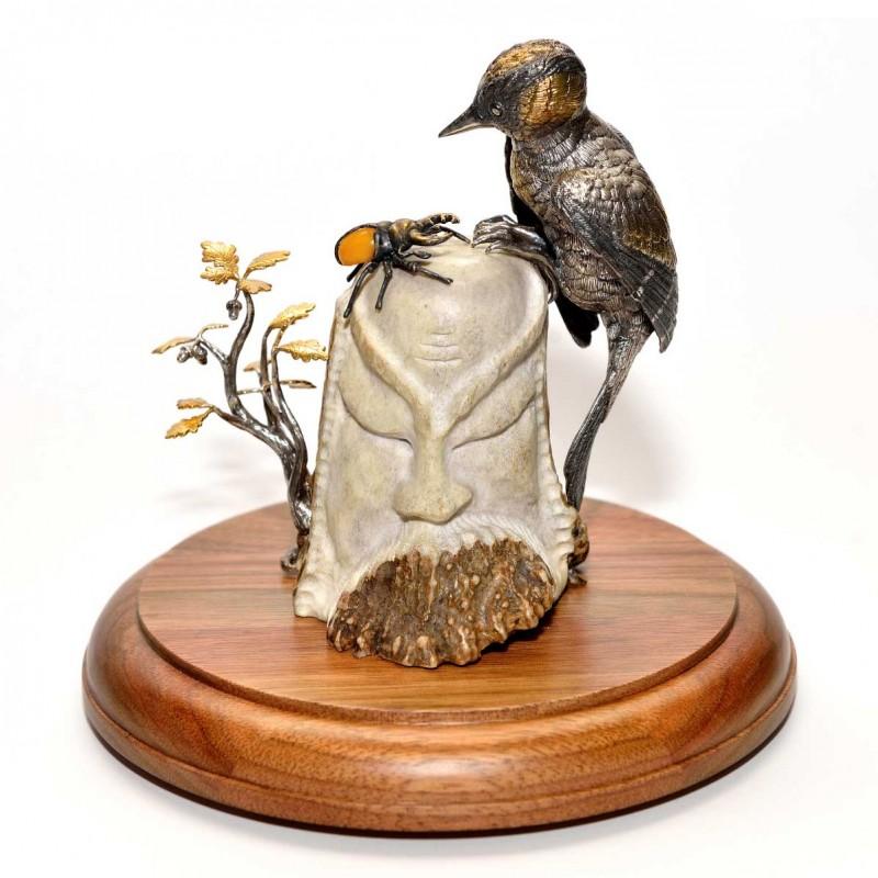 Серебряная статуэтка Дятел