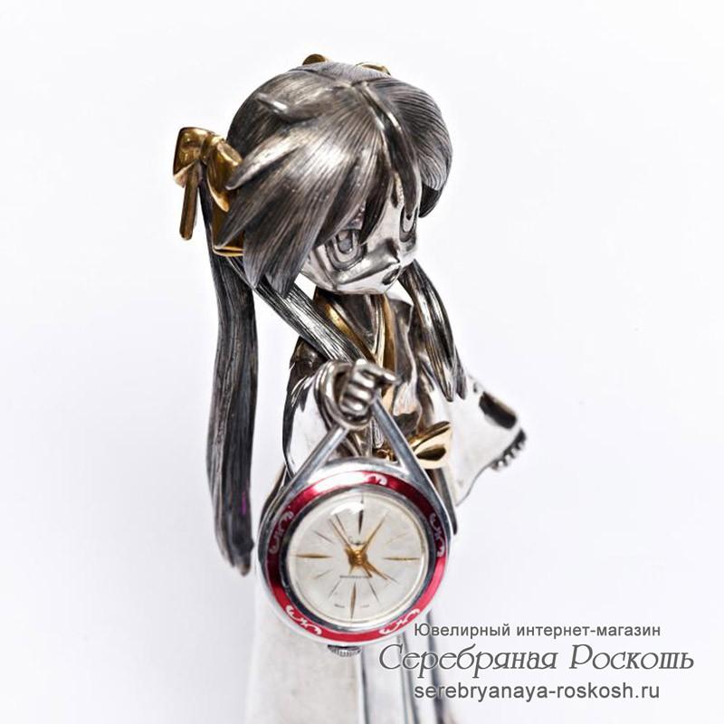 Декоративные часы Девушка