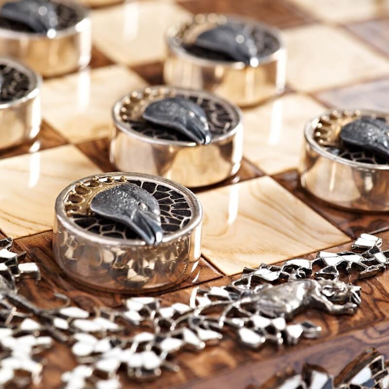 Серебряные шашки Вороны и Крысы - Черные шашки Вороны