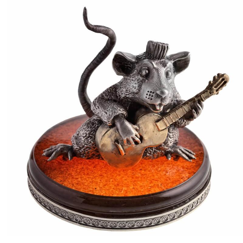 Серебряная статуэтка Крыса с гитарой