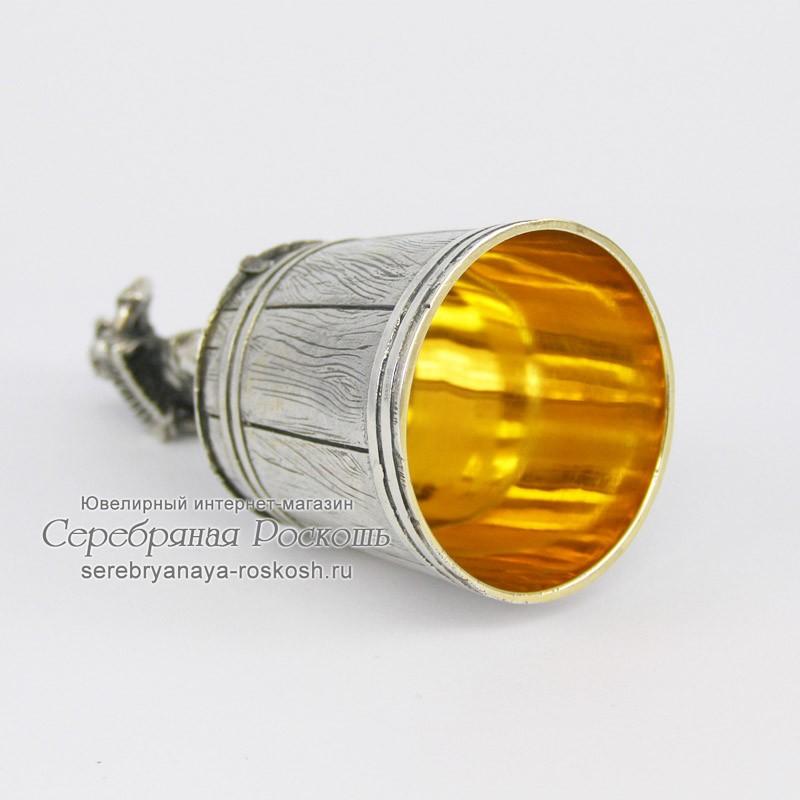 Серебряная штрафная рюмка Мужик с гармонью