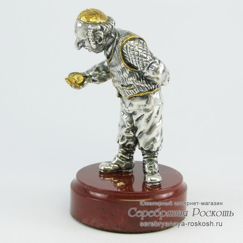Статуэтка из серебра Еврей часовщик